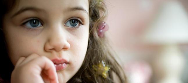 Alice Miller aux côtés des enfants maltraités